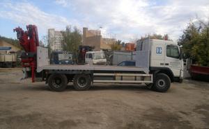 volvo-manipulyator-kran-szadi-5t-platforma-10t-plyus-pricep2